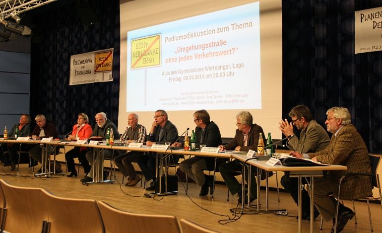 Das Podium - von unserer BI dabei: Gerd Bicker (2.v.r.)